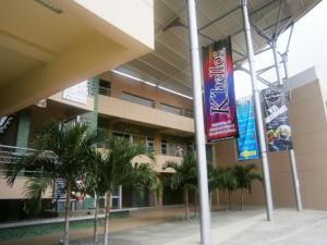 Local Comercial En Venta En Municipio San Diego, Monteserino, Venezuela, VE RAH: 16-17010