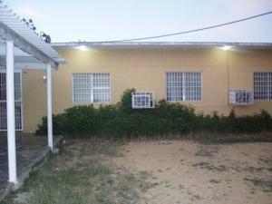 Casa En Venta En Punto Fijo, Judibana, Venezuela, VE RAH: 16-17021