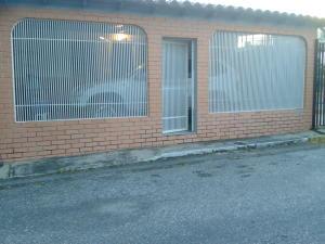 Casa En Venta En Cabudare, La Puerta, Venezuela, VE RAH: 16-17049