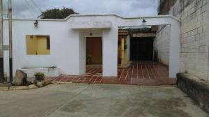 Casa En Venta En Valencia, Los Caobos, Venezuela, VE RAH: 16-16456