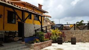 Casa En Venta En La Victoria, Loma Brisa, Venezuela, VE RAH: 16-17069