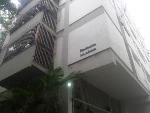 Apartamento En Venta En Caracas, La Florida, Venezuela, VE RAH: 16-17194