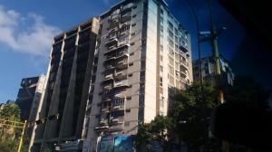 Apartamento En Venta En Caracas, Chacao, Venezuela, VE RAH: 16-17102