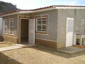 Casa En Venta En Charallave, Vista Real, Venezuela, VE RAH: 16-17148