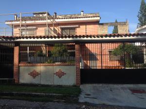 Casa En Venta En Valencia, Lomas Del Este, Venezuela, VE RAH: 16-17116
