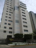 Apartamento En Venta En Maracaibo, Tierra Negra, Venezuela, VE RAH: 16-17132