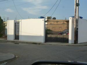 Casa En Venta En Punto Fijo, Las Adjuntas, Venezuela, VE RAH: 16-17124