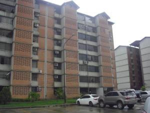 Apartamento En Venta En Guarenas, Nueva Casarapa, Venezuela, VE RAH: 16-17140
