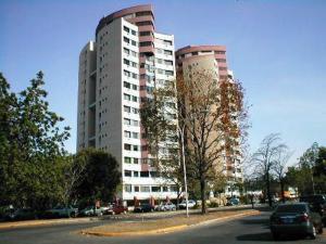 Apartamento En Venta En Valencia, El Parral, Venezuela, VE RAH: 16-17144
