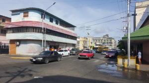 Edificio En Venta En Ciudad Ojeda, Avenida Bolivar, Venezuela, VE RAH: 16-17170