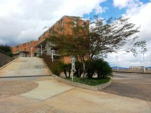 Apartamento En Ventaen Caracas, Alto Hatillo, Venezuela, VE RAH: 16-17199