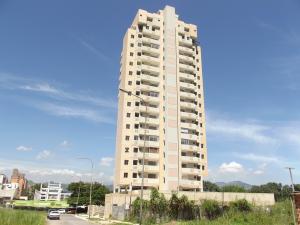 Apartamento En Venta En Valencia, La Trigaleña, Venezuela, VE RAH: 16-17185
