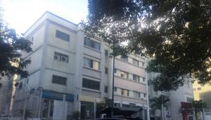 Apartamento En Venta En Caracas, Las Palmas, Venezuela, VE RAH: 16-17186
