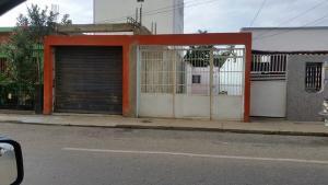 Casa En Venta En Punto Fijo, Centro, Venezuela, VE RAH: 16-17191