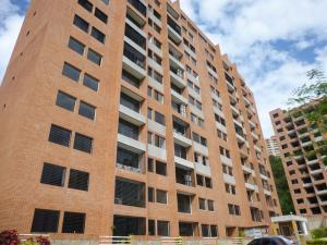 Apartamento En Venta En Caracas, Colinas De La Tahona, Venezuela, VE RAH: 16-17228