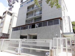 Apartamento En Venta En Caracas, Cumbres De Curumo, Venezuela, VE RAH: 16-17202