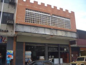 Edificio En Venta En Maracay, Zona Centro, Venezuela, VE RAH: 16-17205