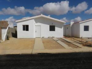 Casa En Venta En Punto Fijo, Guanadito, Venezuela, VE RAH: 16-17208