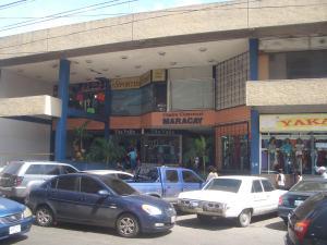 Local Comercial En Venta En Maracay, Zona Centro, Venezuela, VE RAH: 16-17214
