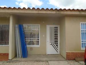 Casa En Venta En Valencia, Tocuyito, Venezuela, VE RAH: 16-17318