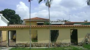 Casa En Venta En Valencia, Trigal Norte, Venezuela, VE RAH: 16-17238
