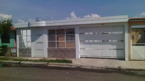 Casa En Venta En Guacara, Ciudad Alianza, Venezuela, VE RAH: 16-17483