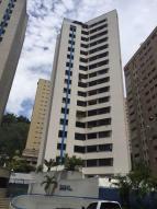 Apartamento En Venta En Caracas, El Cigarral, Venezuela, VE RAH: 16-17258