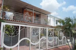 Casa En Venta En Maracaibo, El Naranjal, Venezuela, VE RAH: 16-17266