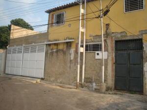 Casa En Venta En Maracay, La Cooperativa, Venezuela, VE RAH: 16-17294