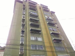 Apartamento En Venta En Maracay, Calicanto, Venezuela, VE RAH: 16-17302