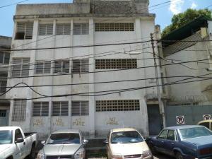 Edificio En Venta En Caracas, Municipio Baruta, Venezuela, VE RAH: 16-17306