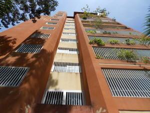 Apartamento En Venta En Caracas, San Bernardino, Venezuela, VE RAH: 16-17324