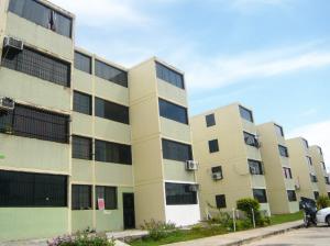 Apartamento En Venta En Municipio Los Guayos, Buenaventura, Venezuela, VE RAH: 16-17312