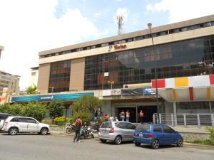 Local Comercial En Venta En Caracas, Montalban Iii, Venezuela, VE RAH: 16-17316