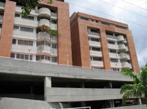 Apartamento En Venta En Caracas, Colinas De Bello Monte, Venezuela, VE RAH: 16-17567