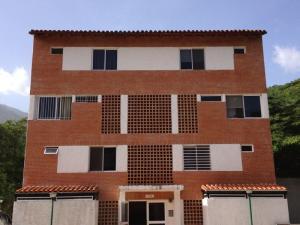 Apartamento En Venta En Caracas, Izcaragua, Venezuela, VE RAH: 16-17334