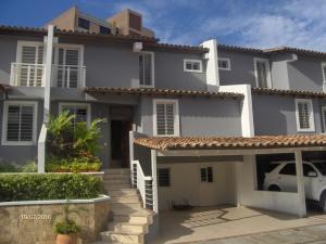 Casa En Venta En Barquisimeto, El Pedregal, Venezuela, VE RAH: 16-17366