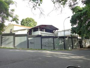 Local Comercial En Venta En Caracas, Santa Monica, Venezuela, VE RAH: 16-17371