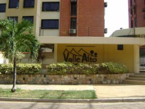 Apartamento En Venta En Municipio Naguanagua, Palma Real, Venezuela, VE RAH: 16-17397