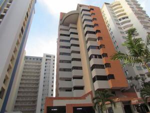 Apartamento En Venta En Valencia, La Trigaleña, Venezuela, VE RAH: 16-17398