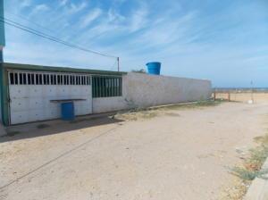 Casa En Venta En Punto Fijo, Villa Marina, Venezuela, VE RAH: 16-17407