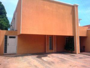 Townhouse En Venta En Maracaibo, Juana De Avila, Venezuela, VE RAH: 16-17408