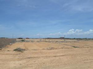 Terreno En Venta En Punto Fijo, Puerta Maraven, Venezuela, VE RAH: 16-17420