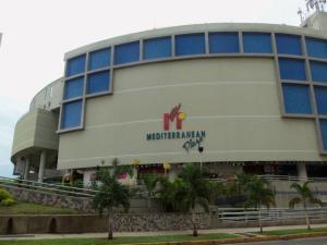 Local Comercial En Venta En Valencia, Sabana Larga, Venezuela, VE RAH: 16-17445