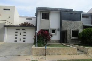Casa En Venta En Valencia, Parque Mirador, Venezuela, VE RAH: 16-17434