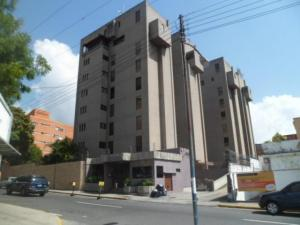 Apartamento En Venta En Caracas, Santa Eduvigis, Venezuela, VE RAH: 16-17457