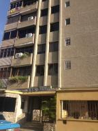 Apartamento En Venta En Valencia, Prebo I, Venezuela, VE RAH: 16-17458