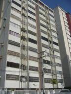 Apartamento En Venta En Maracay, Calicanto, Venezuela, VE RAH: 16-17461