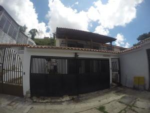 Casa En Venta En Caracas, Palo Verde, Venezuela, VE RAH: 16-17482