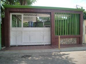 Casa En Venta En Maracaibo, Circunvalacion Uno, Venezuela, VE RAH: 16-17493